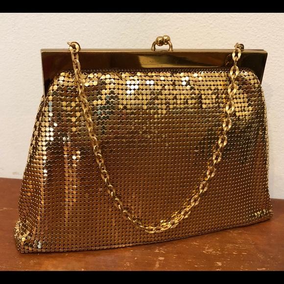 Whiting   Davis Bags   Whiting Davis Gold Mesh Evening Bag   Poshmark 4580e3bb25